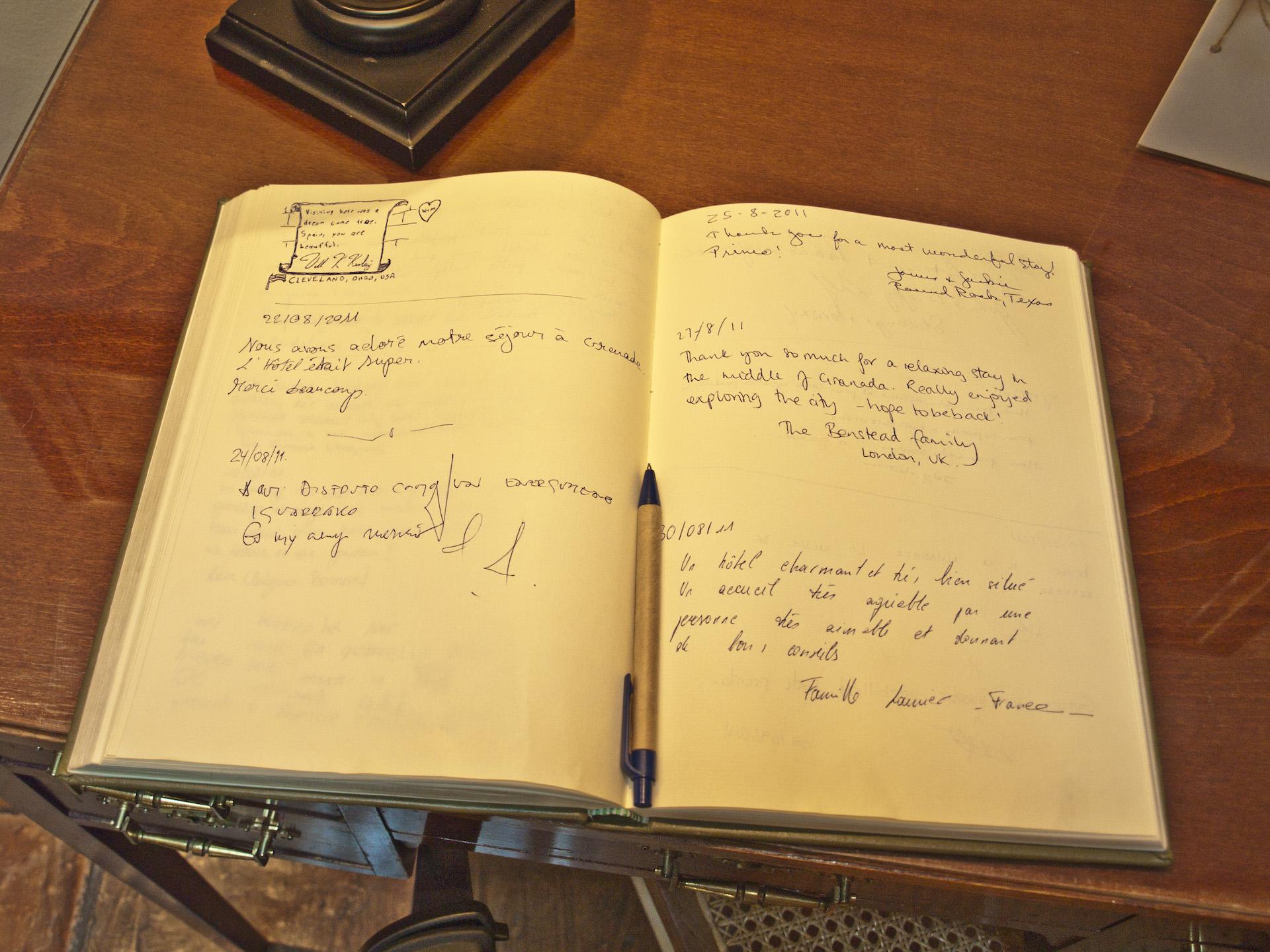 Libro de personalidades Palacio de los Navas