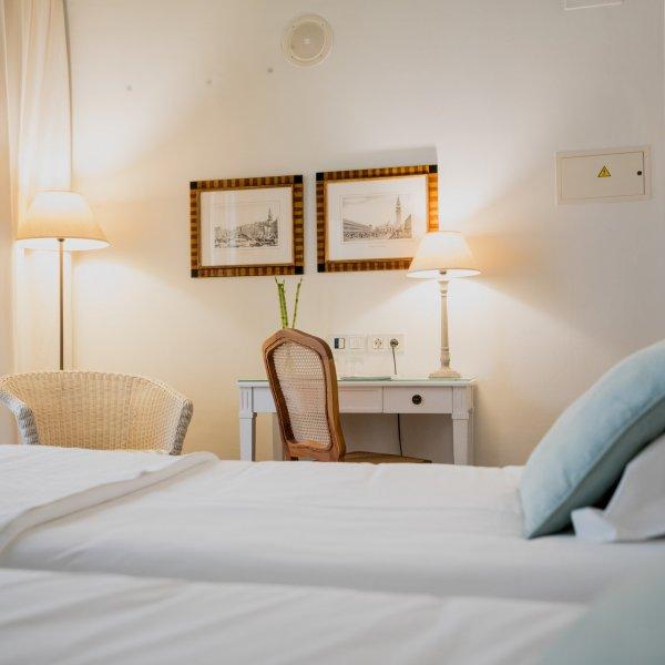 hotel navas -123
